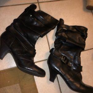 size 8.5 black boots